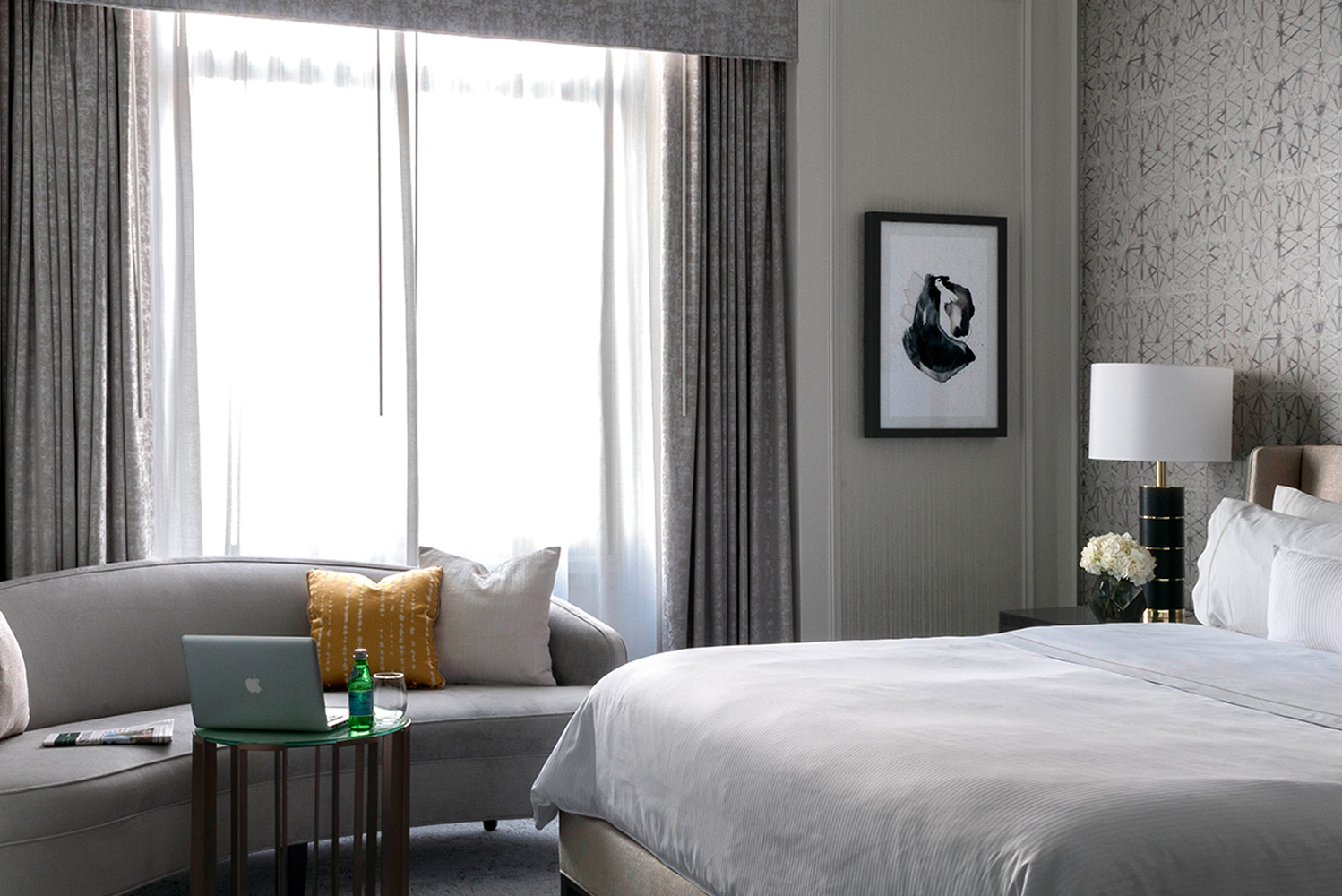 Located in San Francisco's Union Square, the hotel is nestled within a landmark building with 613 guestrooms and suites.