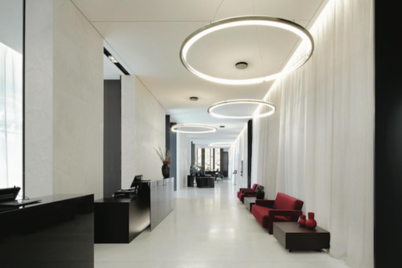 The Hilton Lake Como was furnished and designed by Poliform Contract with Dario Piero Cazzaniga and Monica Limonta.