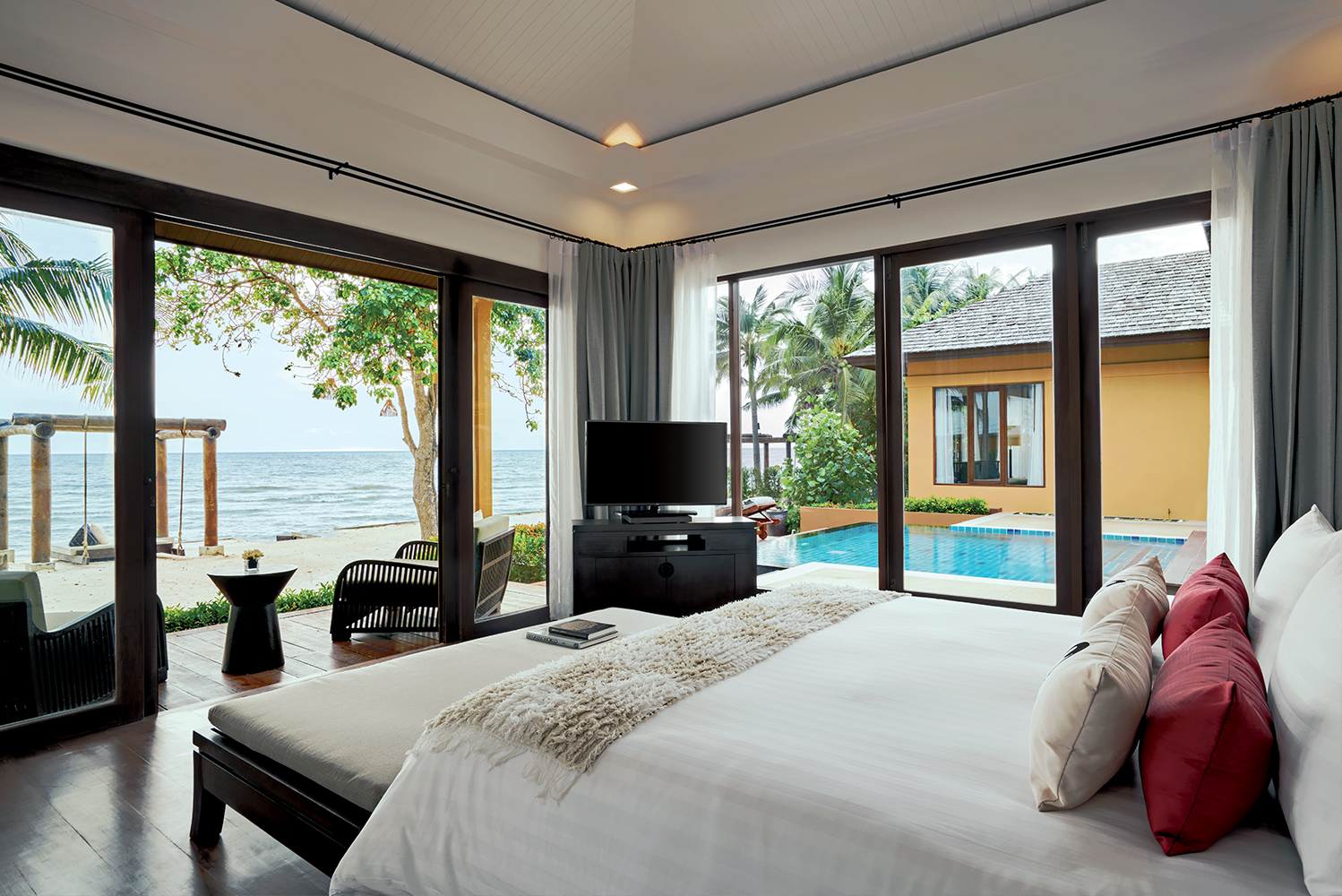 The five-star property – previously known as the Asara Villa & Suite Hua Hin – underwent a complete rebranding and refurbishment.