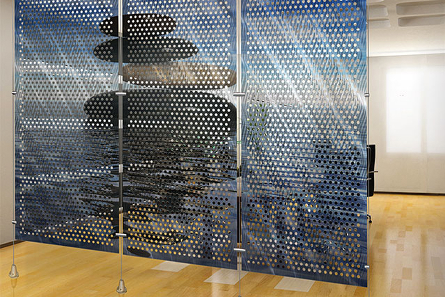 Metal options include solid core and perforated aluminum, along with a selection of Móz colors and gradients.