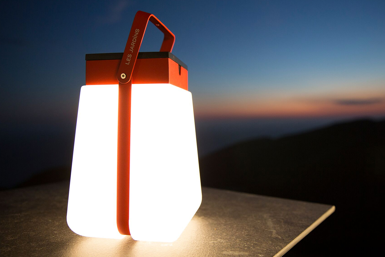Introducing the Les Jardins solar lighting.