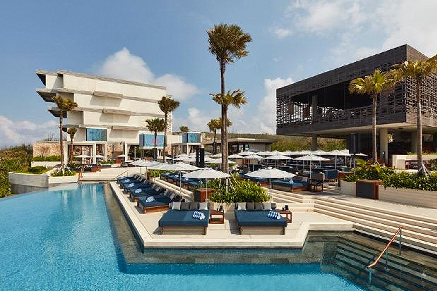 Rockwell Group completed the design of the world's first OMNIA Dayclub and a luxury Japanese restaurant Sake No Hana at The Cliff at Alila Villas Uluwatu, Bali.