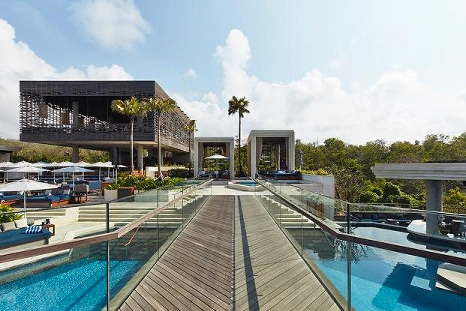 With views of the Indian Ocean, the Dayclub and restaurant are located on the southwestern tip of the Bukit Peninsula of Bali.