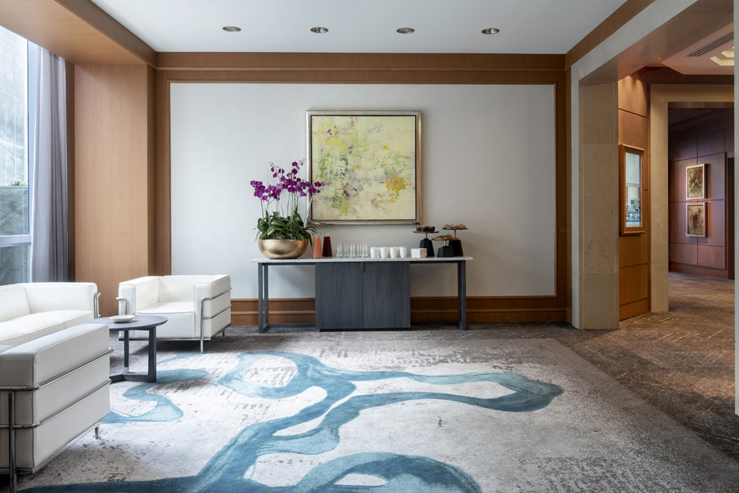 Four Seasons Hotel Miami in Brickell completed a redesign of its 6th floor function spaces as well as its 7th floor lobby that now blend with one another.