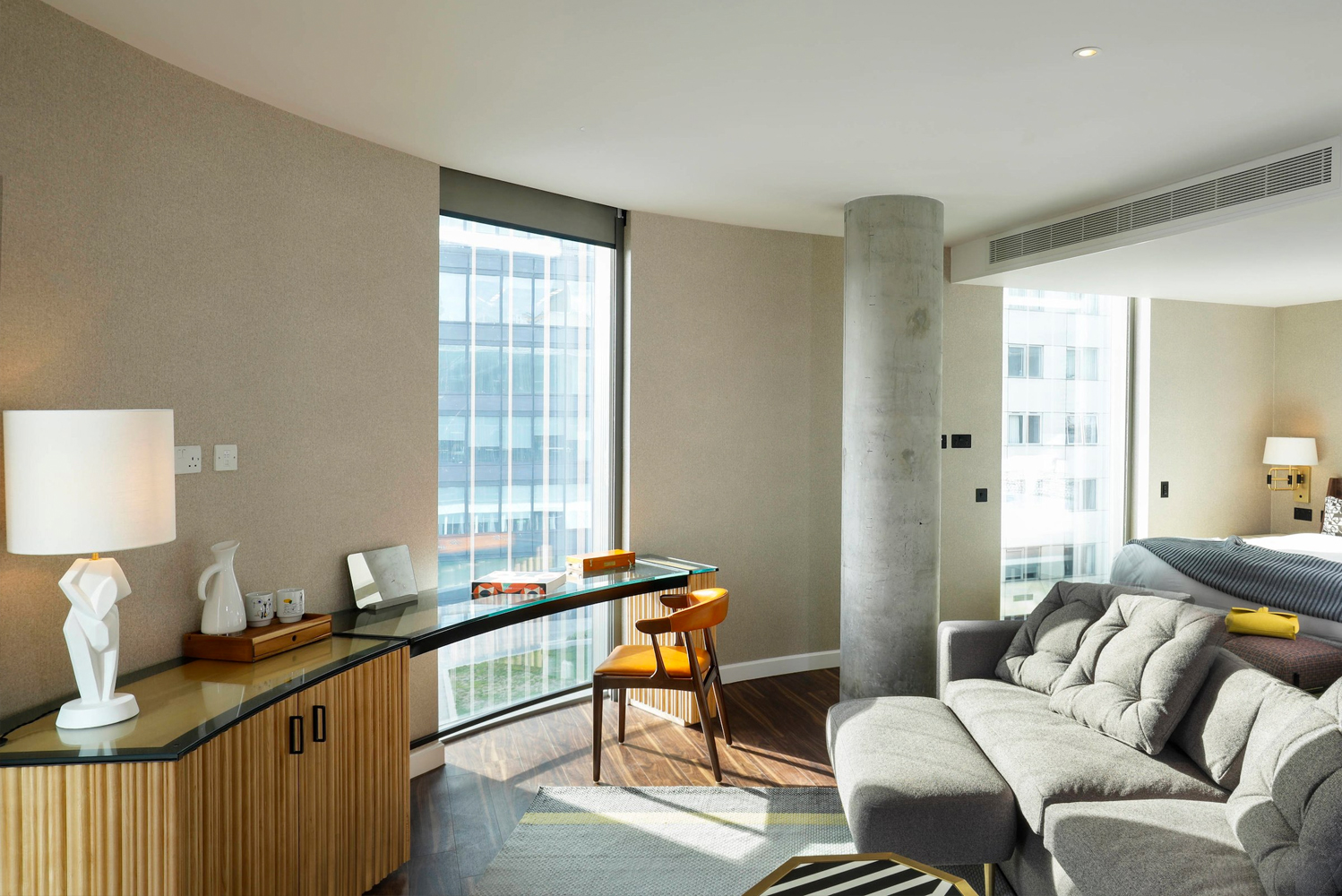 Dayna Lee commissioned British craftsmen to create key features that reside in the hotel and pay homage to its heritage.