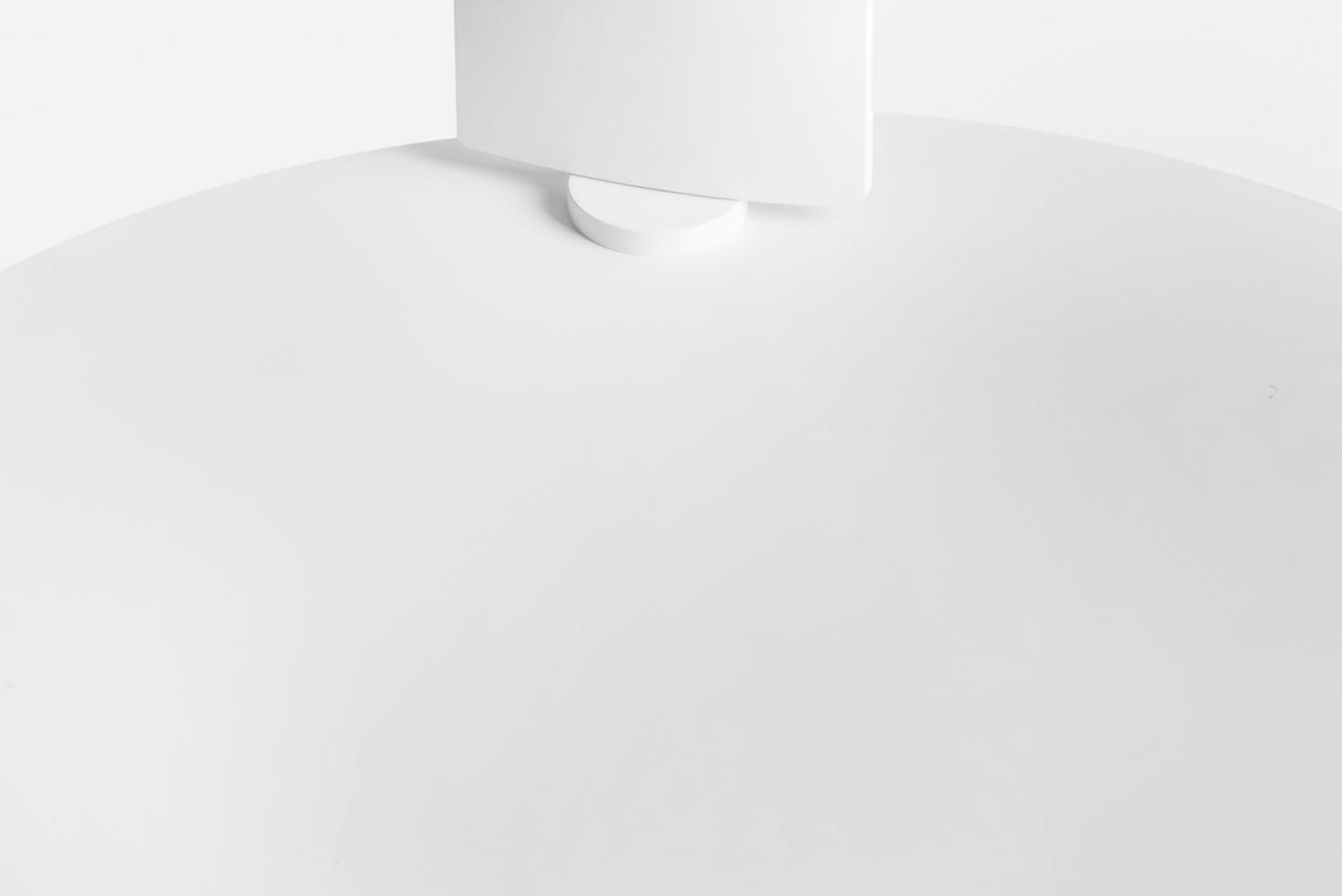 Piazza is a magnetic wall lamp, designed to move freely on the surface of a metal board according to the user's needs.