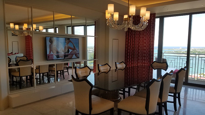 The Monaco Suite's dining area
