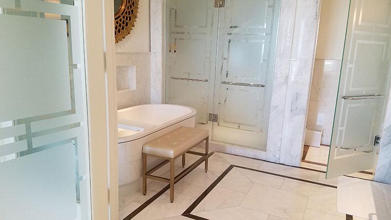 One Bedroom Oceanview Suite's bathroom