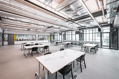 Fabrica Space hot desks offer flexible  work space for budding fashion entrepreneurs.
