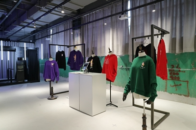 Techstyle X delivers experiential retail.