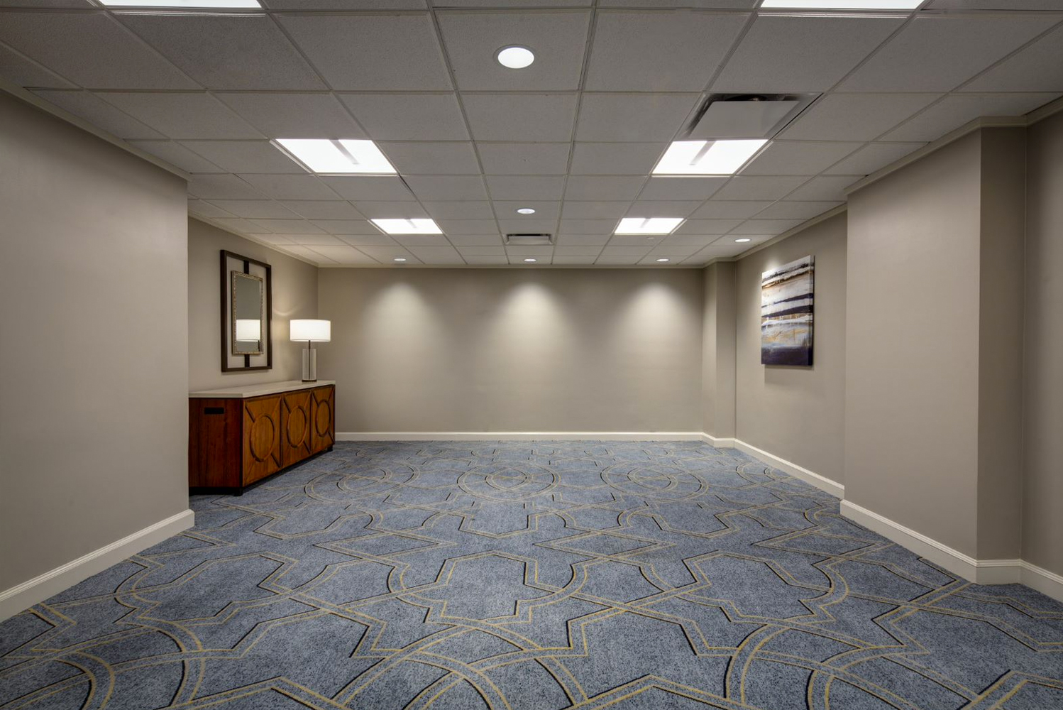 The 1,622-room Hilton New Orleans Riverside, completed a $5 million renovation to its third floor meeting spaces.