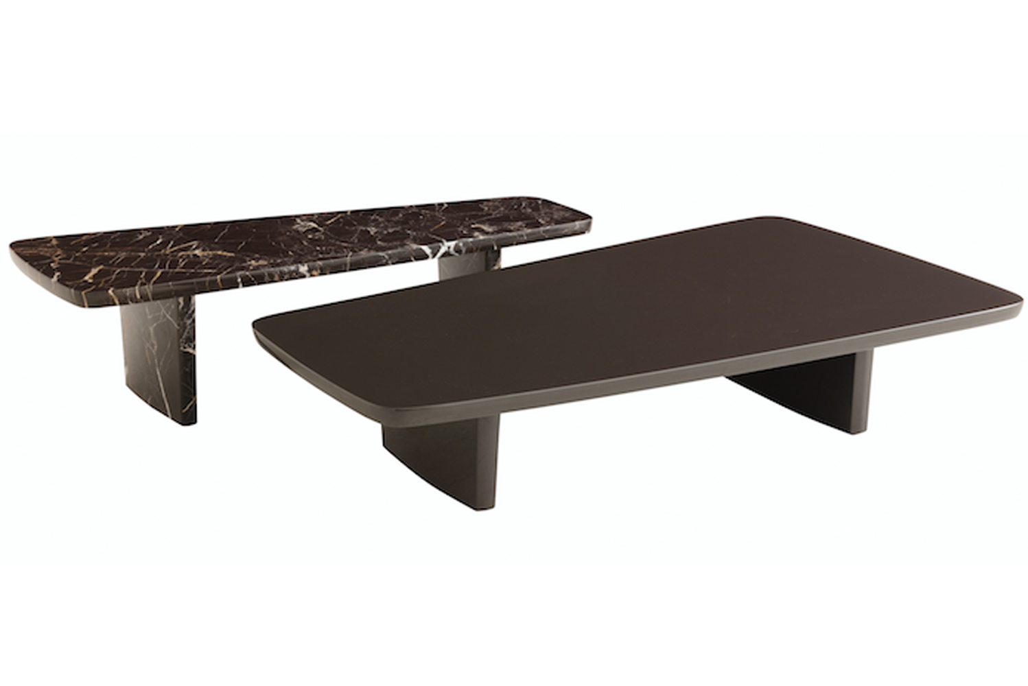 The Sydney coffee tables break rigidity in the living room with their asymmetrical and geometrical forms.