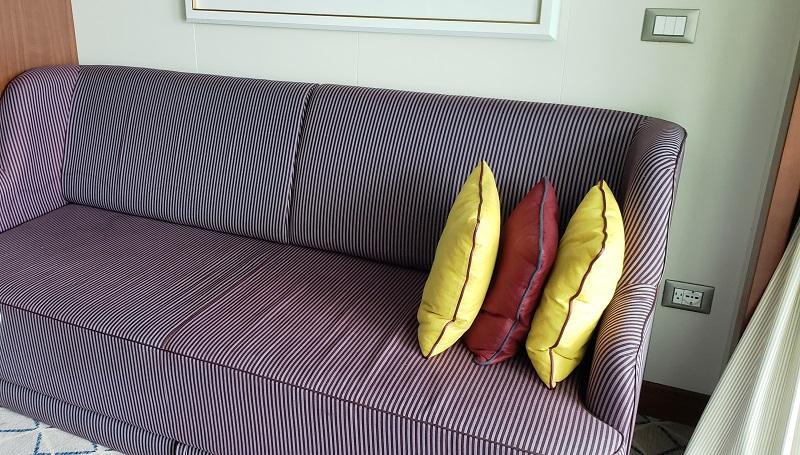 Sofa in #843