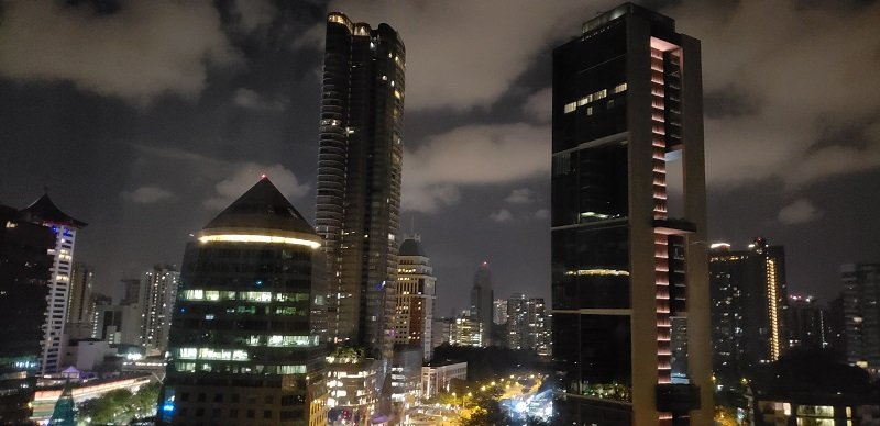 Night view from the 11th floor of Four Seasons Singapore