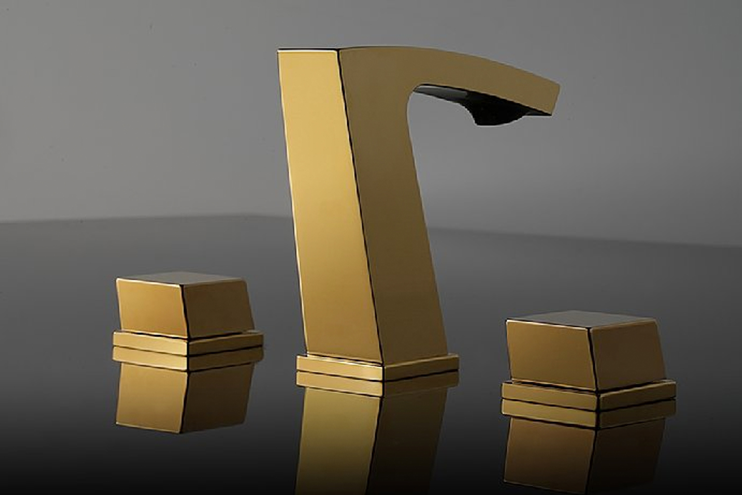 Franz Viegener debuted expanded versions of one of its most popular faucets — Buzz.