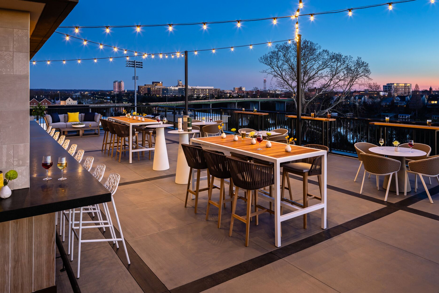 The property has a rooftop bar; 11,000 square feet of meeting space that includes a 5,400-square-foot ballroom; and 6,000 square feet of outdoor meeting and event space.