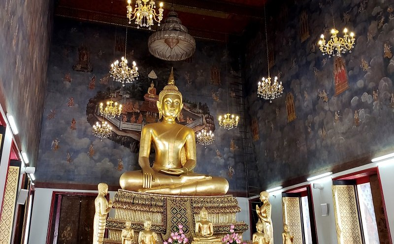 Buddha at the Wat Ratchanadda complex.