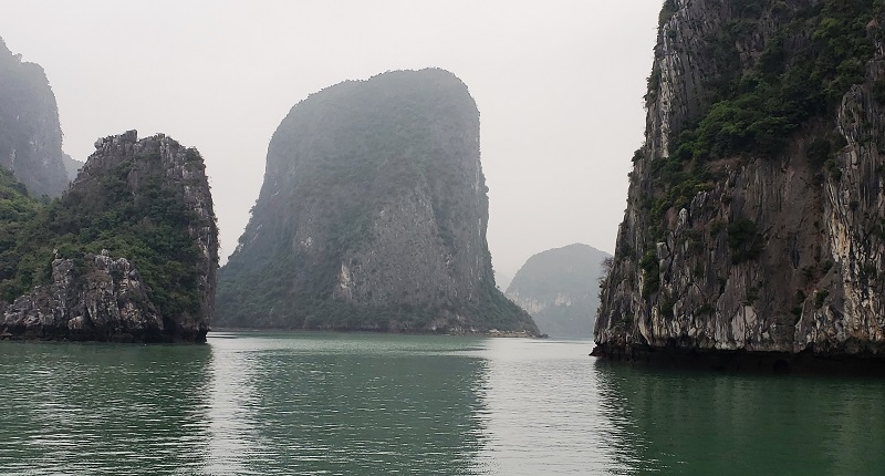 Stunning rock formations in Ha Long Bay