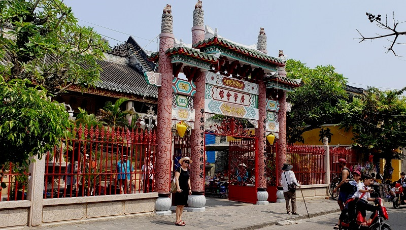 Temple hall in Hoi An.