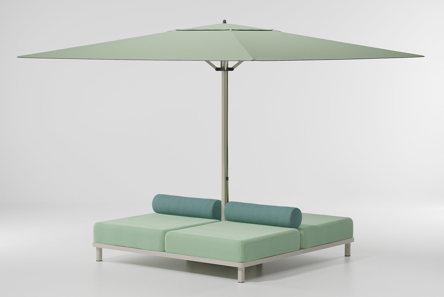 The Meteo added three functional adaptations to the parasol's base: a sofa/daybed, a table or a planter.