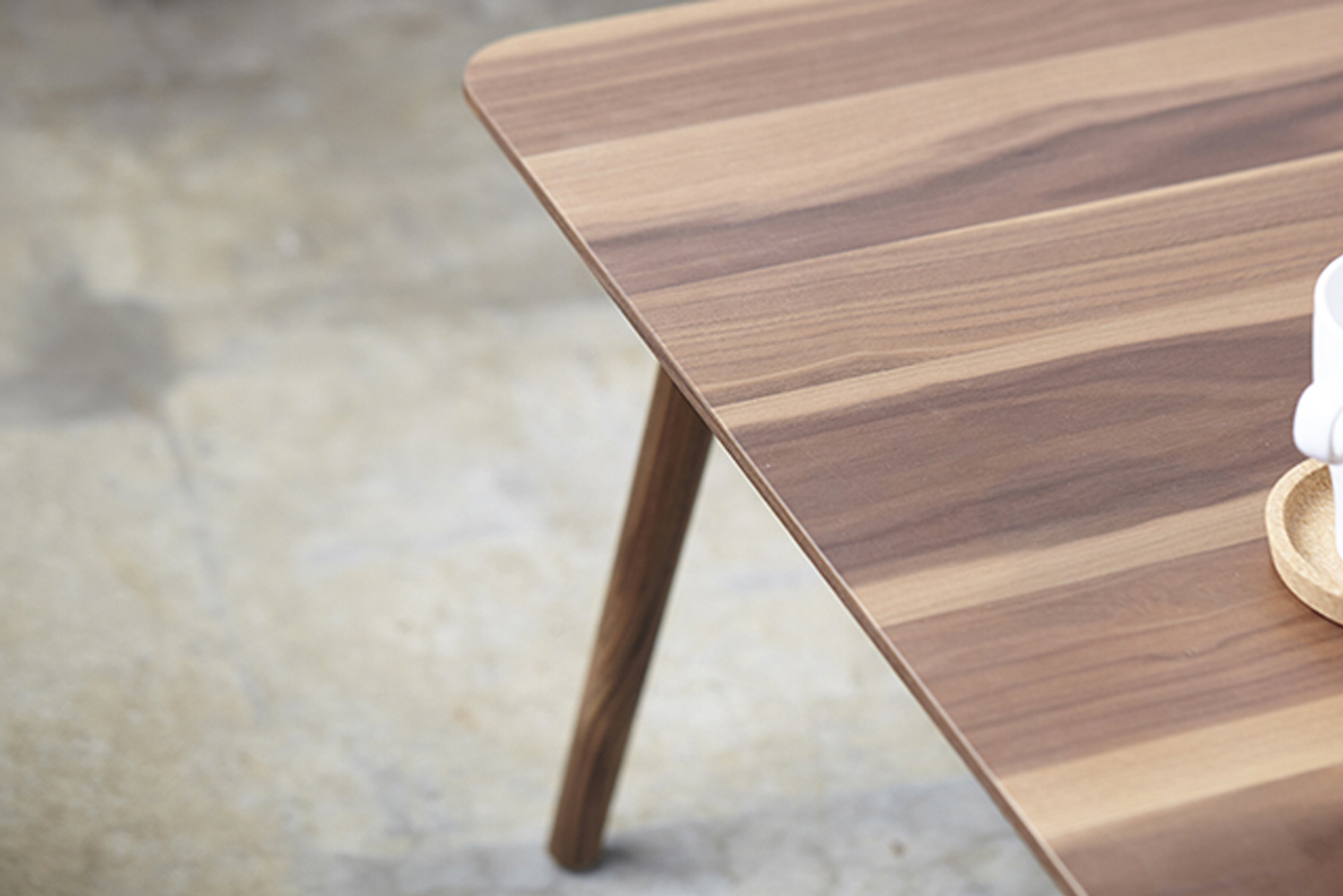 Hightower offers Bello in coffee- and side-table models.