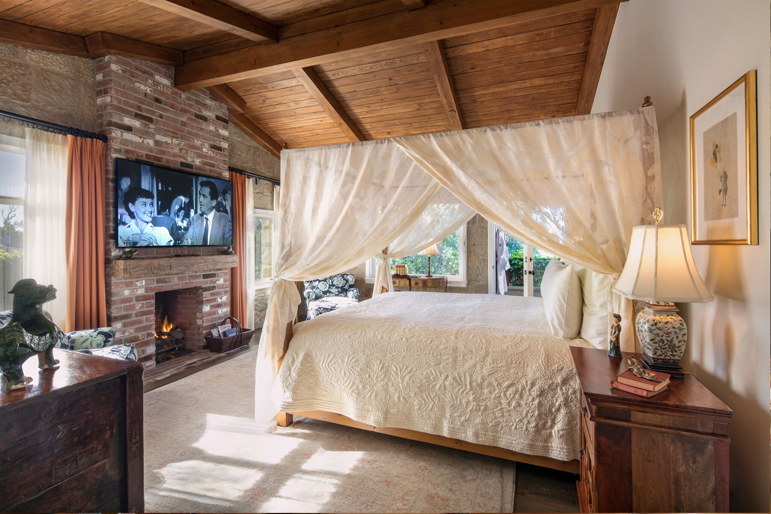 Cottages include a private outdoor patio with rain shower and sunken hot tub, and several include private plunge pools.
