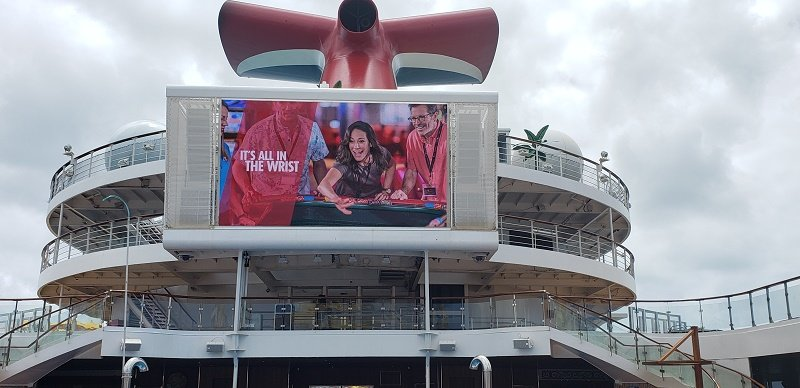 Outdoor Movie Screen on Carnival Sunrise's Pool Deck. Photo by Susan J. Young