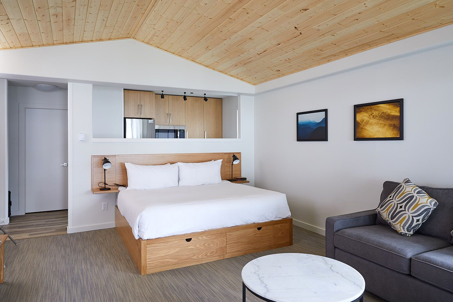 All Lodge Suites are situated steps from the beach with patios overlooking the Pacific Ocean surf.