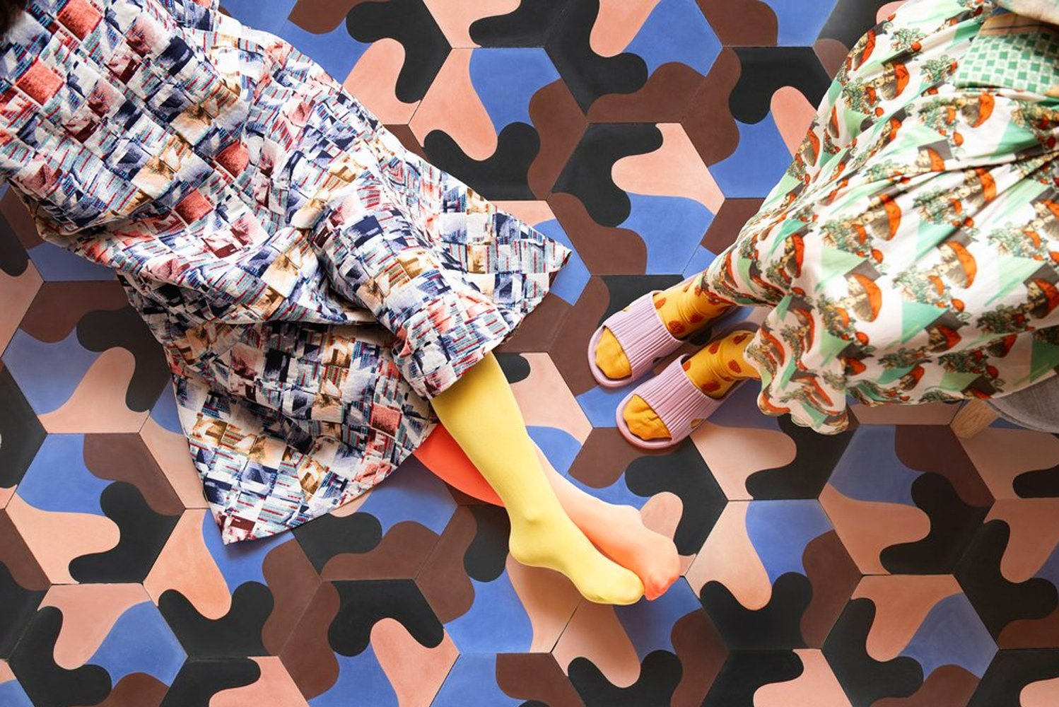Juju Papers added a new pattern to its animated cement tile collection.