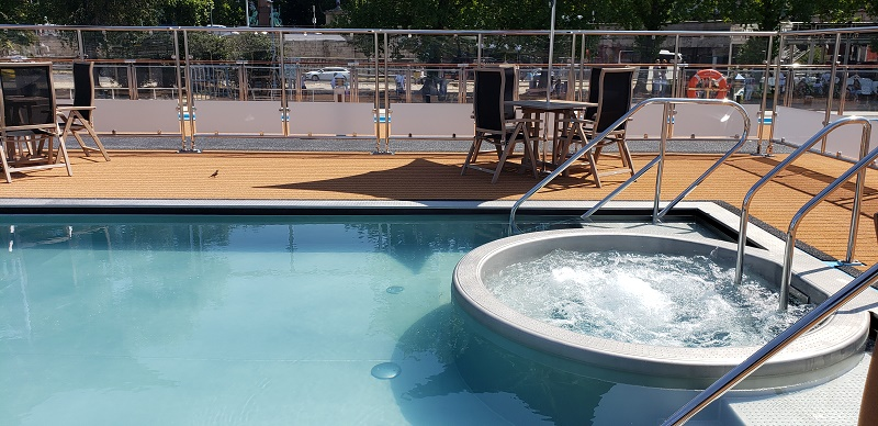Sun Deck Whirlpool