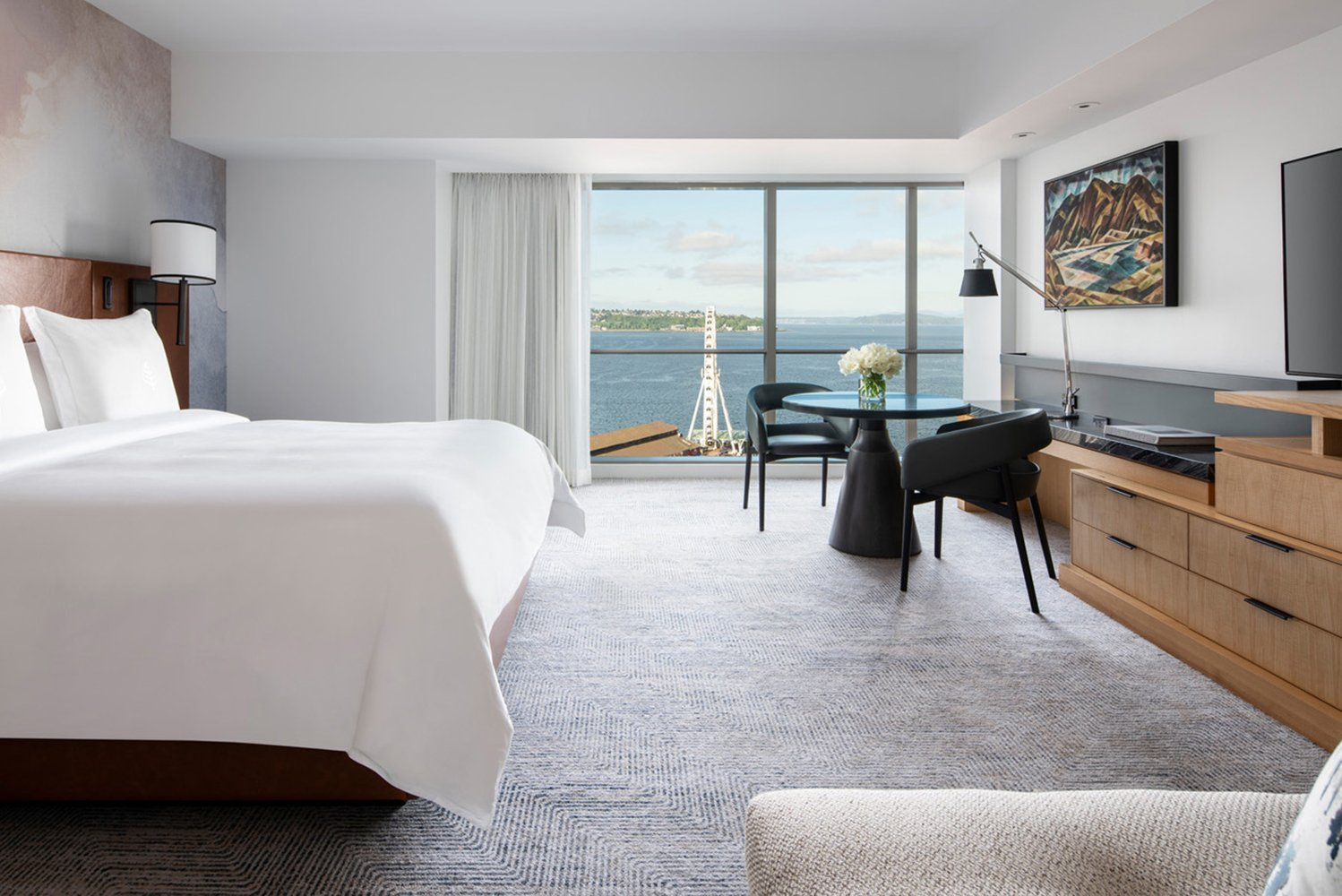 Four Seasons Hotel Seattle completed the redesign and refresh of its guestrooms and suites.