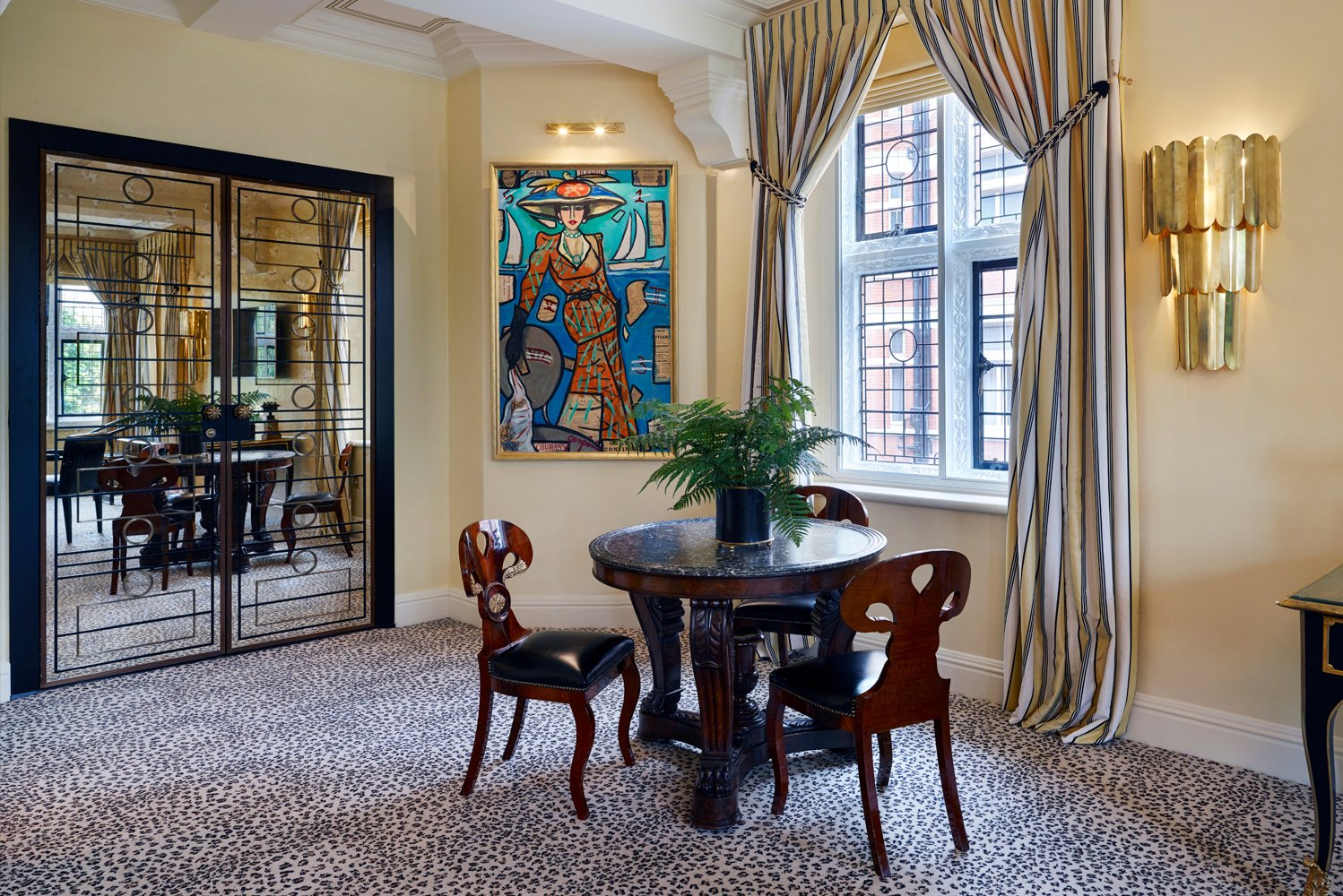 The design team was led by property owner Beatrice Tollman, along with her daughter, Toni.