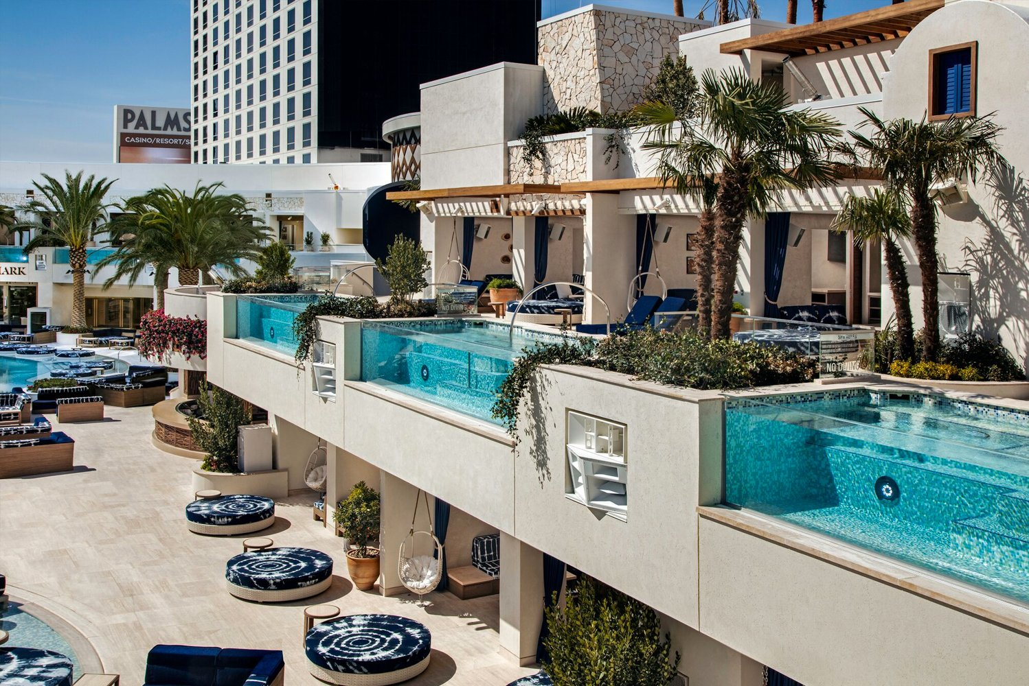 Lifescapes International completed its landscape design around the newly reimagined Palms Casino Resort in Las Vegas – a $690 million redevelopment.