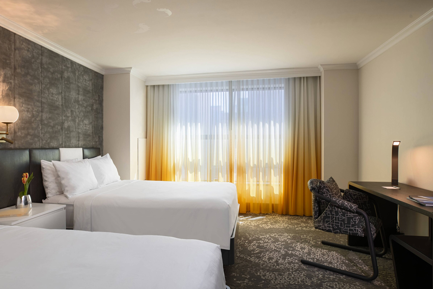 Renaissance New York Times Square completely redesigned its 317 guestrooms and suites, following the earlier completion of its terrace suites.