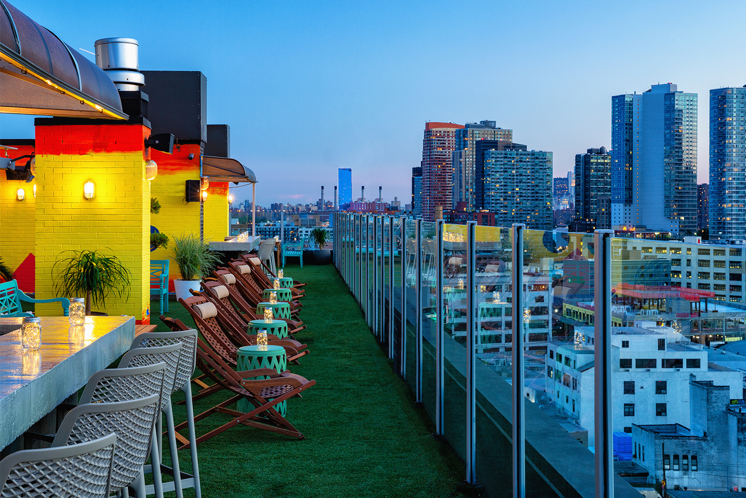 Savanna Rooftop opened as a new open-air rooftop lounge with views of the Manhattan skyline.