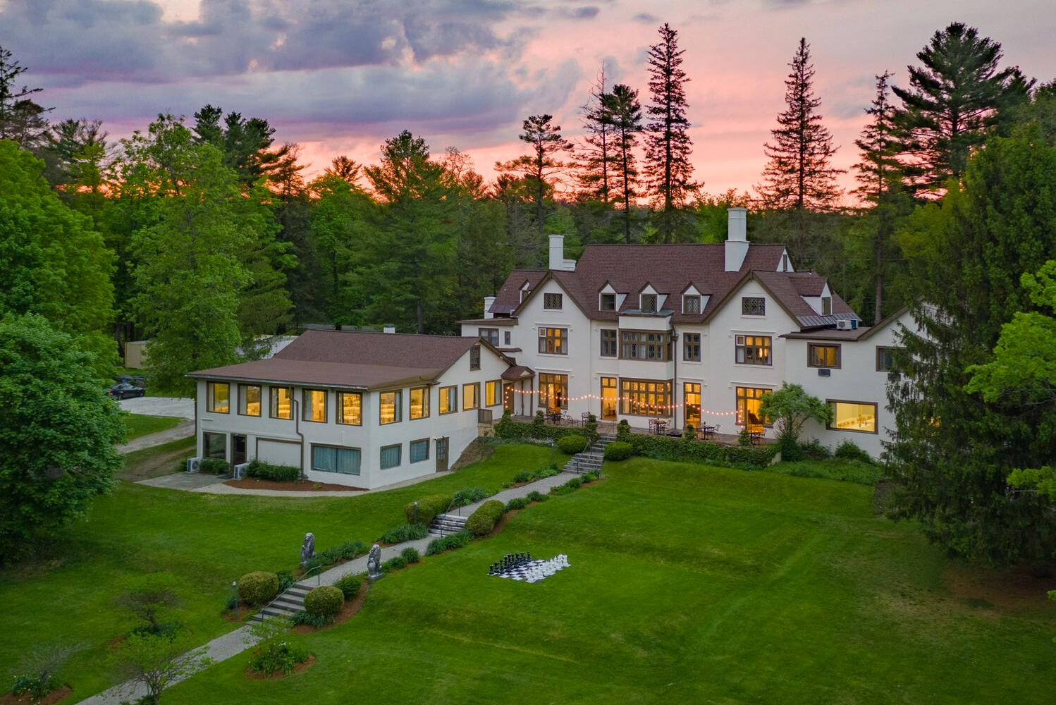 On the heels of its transformation from an inn to a 57-room boutique hotel, The Berkshires' Seven Hills unveiled new event spaces and services for group meetings in Lenox.