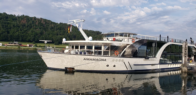 AmaMagna docked in Vilshofen, Germany