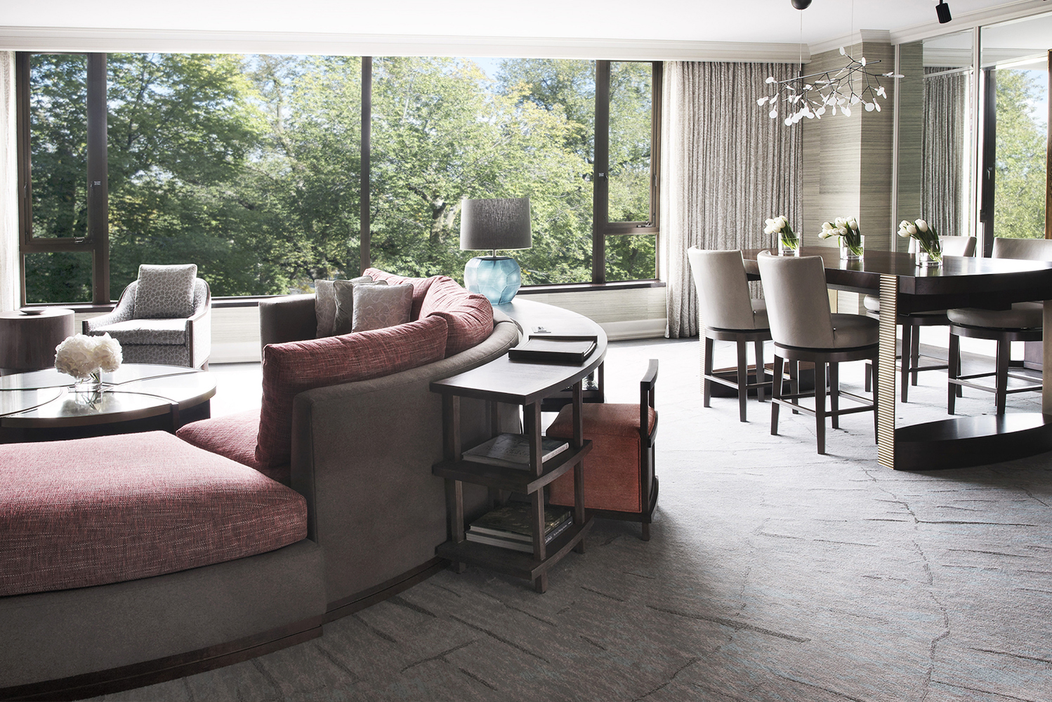 Four Seasons Hotel Boston, a Forbes five-star hotel in New England, renovated its luxury Garden Suite and Presidential Suite.