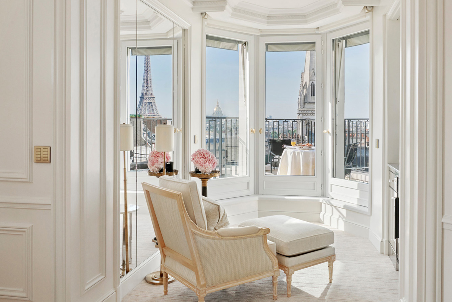 Four Seasons Hotel George V, Paris launched the Eiffel Tower Suite and the Parisian Suite.