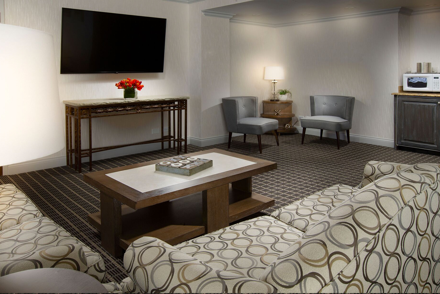 For the renovation, changes were made to the property's 20,000 square feet of flexible function space and 249 guestrooms.