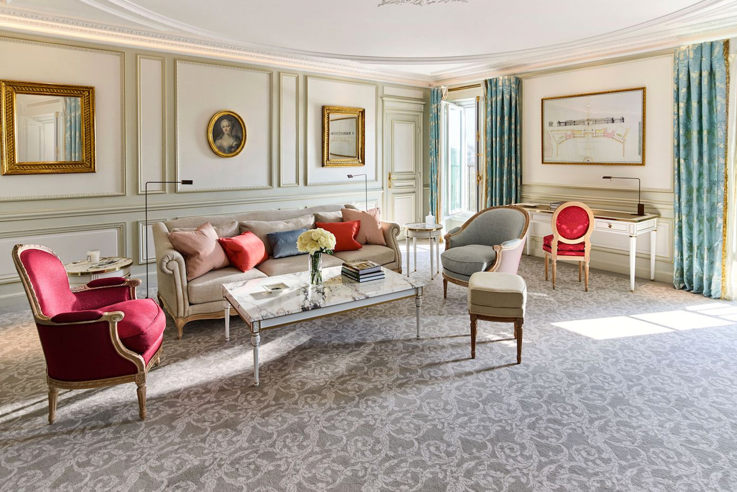 Dorchester Collection's Le Meurice hotel completed the renovation of 29 rooms and suites from the third to sixth floor, as well as a penthouse suite, the Belle Etoile Suite, on the seventh floor.