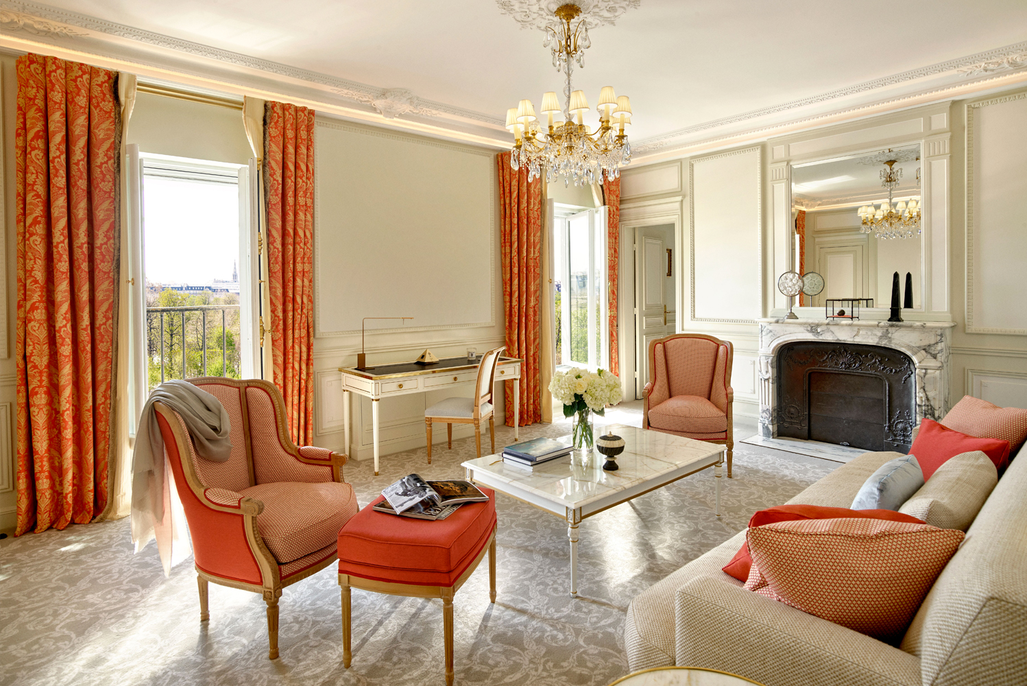 Charles Jouffre, Le Meurice's interior designer of 10 years and creator of the drapes at the Opera Garnier, worked with designers Margaux Lally and Luc Berger of interior design studio Lally & Berger for the renovation.