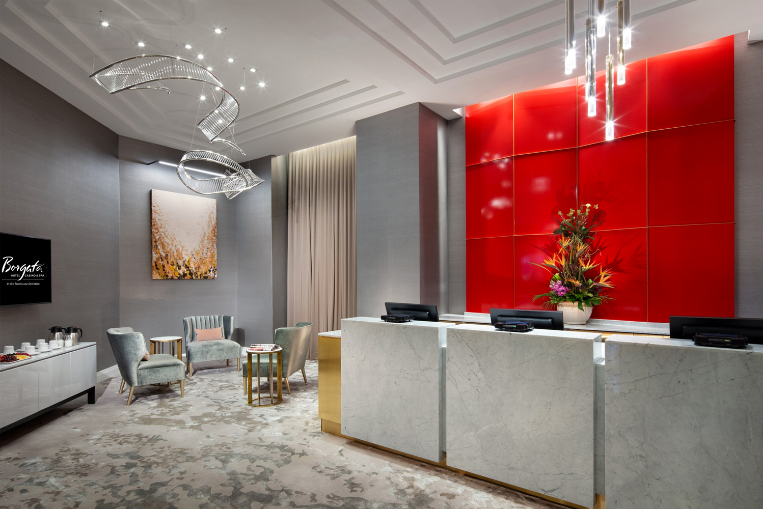 Borgata Hotel Casino & Spa, an MGM Resorts Luxury Destination, invested more than $14 million to add a lobby bar and adjacent VIP check-in, as well as redesign over 300 Fiore Suites. Photo credit: Floss Barber, Inc.