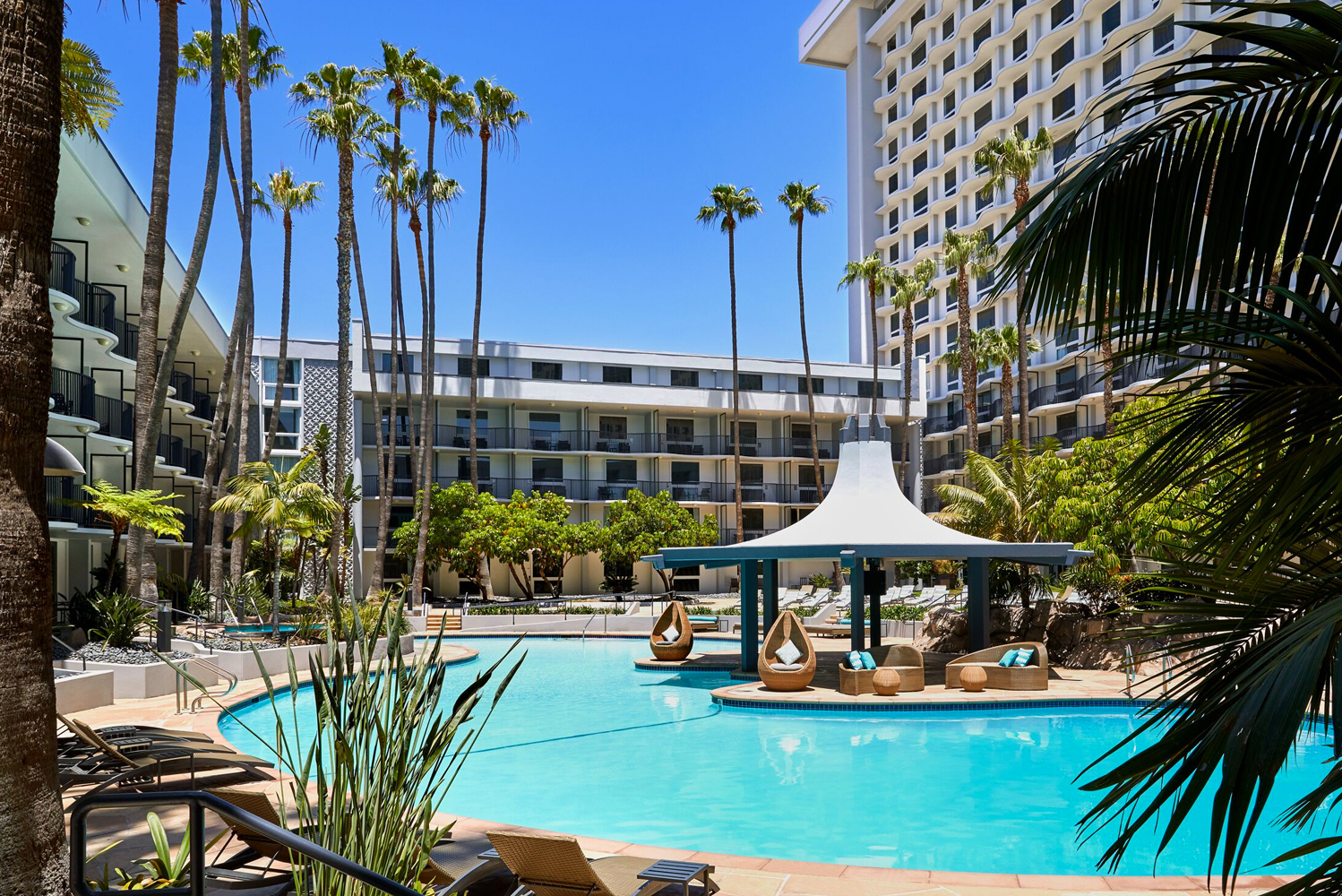 The property is in close proximity to Los Angeles International Airport.