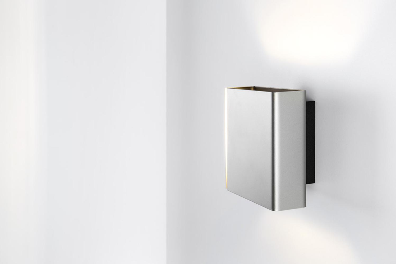 Introducing Split, an LED fixture by Belgian manufacturer Modular Lighting Instruments.