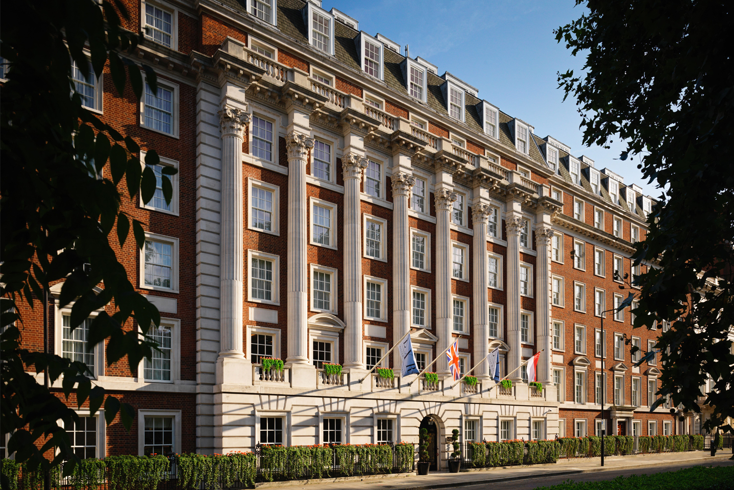 The Biltmore Mayfair opened as Europe's first LXR Hotels & Resorts property, Hilton's collection of luxury hotels.
