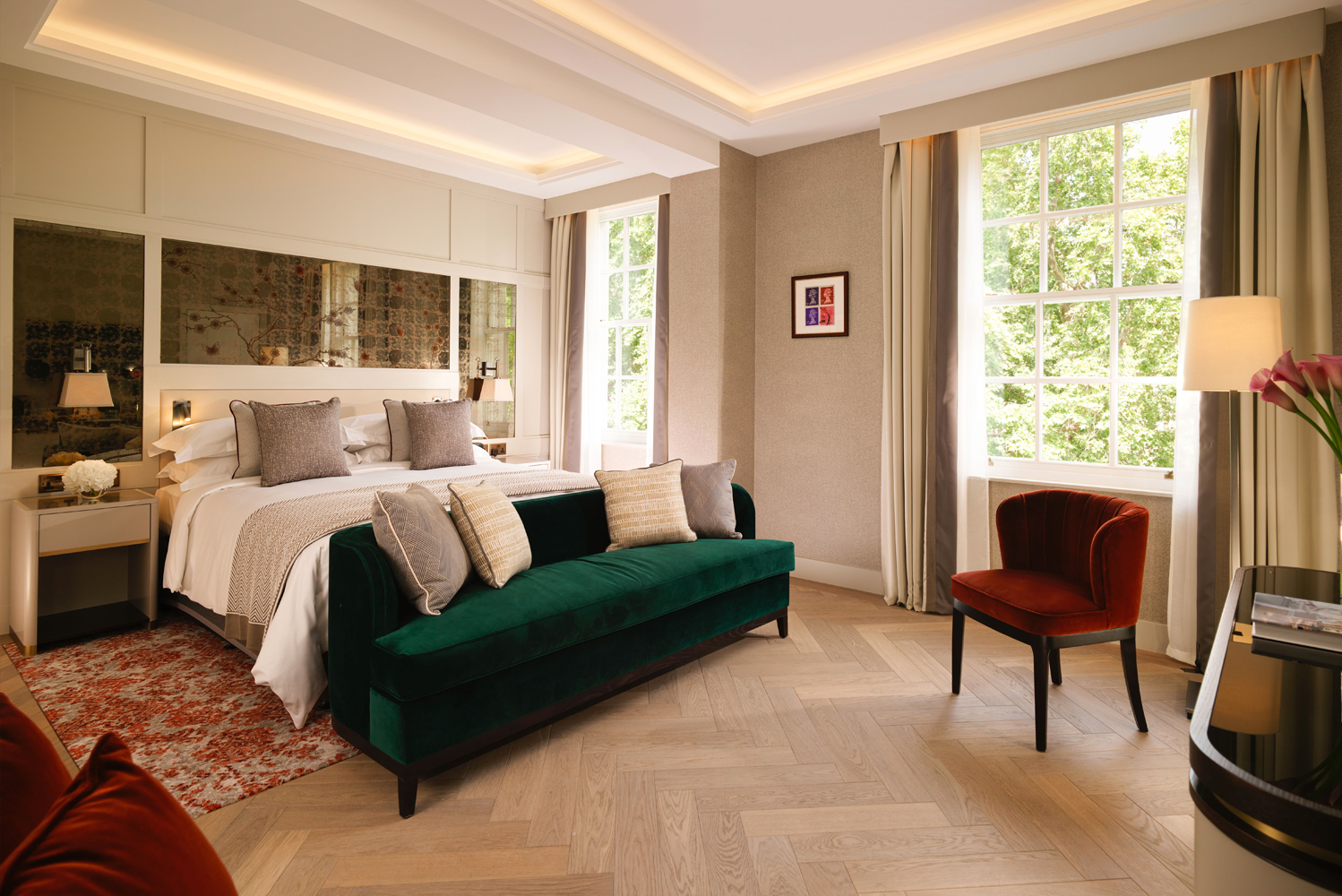 The interior design of The Biltmore Mayfair is the result of the work of London-based designers, KCA International and Goddard Littlefair.