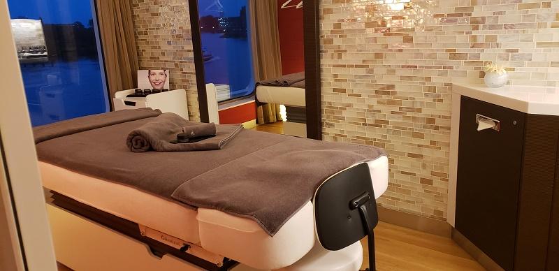 A spa treatment room in Ocean Spa