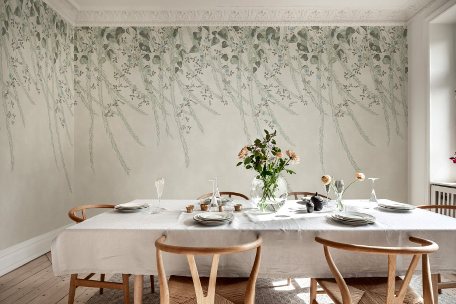 """Chinoiserie comes from the French word chinois, meaning """"Chinese,"""" or """"after the Chinese taste"""" and was created in Europe during the rise of the trade with the Far East in the 17th and 18th century."""