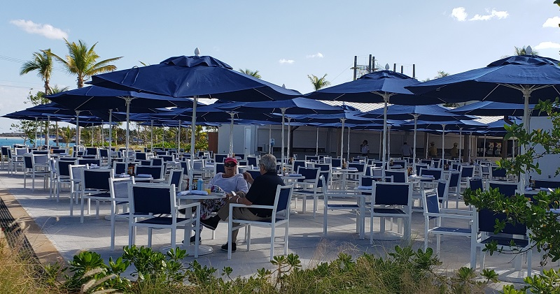 Al fresco dining at Silver Cove's restaurant.